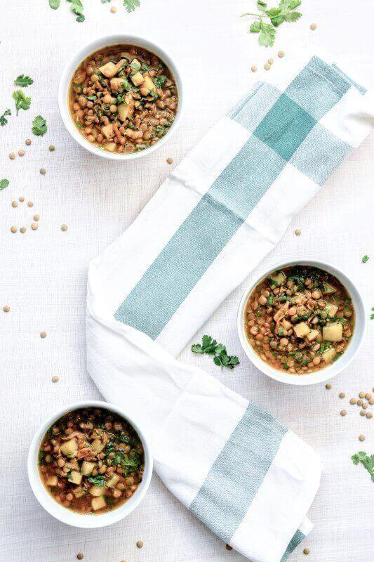 מרק עדשים ירוקות טבעוני