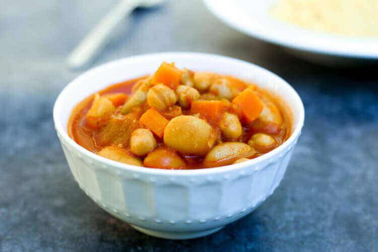 מרק ירקות עם חומוס ושעועית - מרק מעולה לקוסקוס בבלוג כל הדברים הטובים
