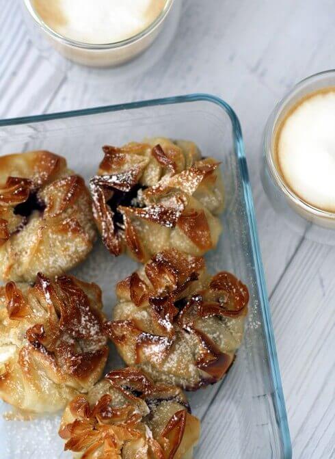 שקיקי פילו במילוי גבינה ואוכמניות (8)
